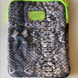 Marc by Marc Jacobs I pad case